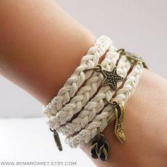 bracelete croche com pingentes