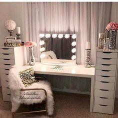 Vanities bedroom furniture vanity mirrors beauty room makeup rooms and glam diy . Diy Vanity Mirror, Vanity Room, Vanity Ideas, Mirror Ideas, Table Mirror, Vanity Set Up, Closet Vanity, Storage Mirror, White Vanity