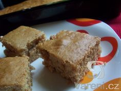 Recept na jednoduchý světlý perník. Sweet Pie, Cornbread, Cake, Ethnic Recipes, Food, Millet Bread, Kuchen, Essen, Meals