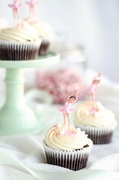 Chocolate Ballerina Cupcakes with Vanilla Cream Frosting and Peppermint Fudge   Louise´s Spis ~ How cute!