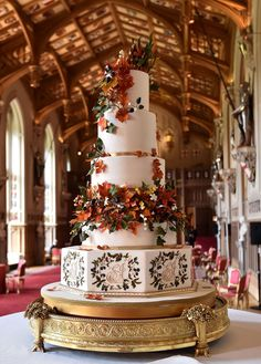 The wedding cake created by baker Sophie Cabot for the wedding of Britain's Princess Eugenie of York and Jack Brooksbank is pictured in St George's. Amazing Wedding Cakes, Fall Wedding Cakes, Wedding Cake Designs, Wedding Cupcakes, Autumn Wedding, Royal Wedding Cakes, Extravagant Wedding Cakes, Woodland Wedding, Wedding Themes
