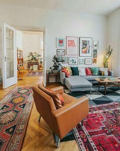 Bohemian Style Interior Design Ideas for Your Homes House Design, Home Living Room, Room Design, Salon Interior Design, Mid Century Living Room, Boho Living Room, Home Decor, House Interior, Apartment Decor