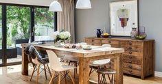 Een houten vloer, houten tafel én houten dressoir.. Kan dat? - Feels Like Home