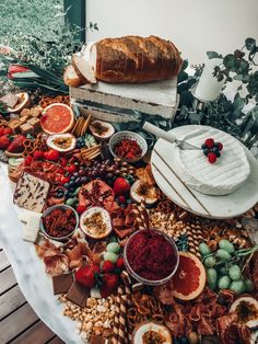 Grazing Table // Brie is life! Antipasto, Catering, Crockpot Recipes, Healthy Recipes, Party Food Platters, Charcuterie And Cheese Board, Brunch, Good Food, Yummy Food