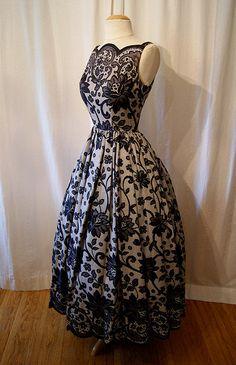 1950's Lace Print Dress