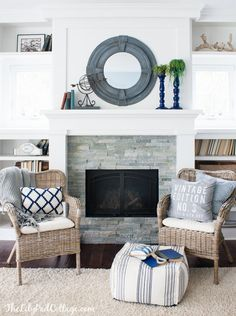 DIY Round Mirror - make a small mirror larger with scrap wood and a few tools. But most of all I love this fireplace! Decor, Living Room Inspiration, Home Fireplace, Lilypad Cottages, House Design, Family Room, Home And Living, Home Decor, Diy Round Mirror