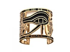 Eye of Horus gold arm cuff something Cleopatra or Nefertiti might wear. I have the Eye Of Horus, on my left leg! It amazes me how many people don't know what it is! Jewelry Accessories, Fashion Accessories, Fashion Jewelry, Egyptian Accessories, Gold Arm Cuff, Brass Cuff, Egyptian Fashion, Egyptian Eye, Egyptian Costume