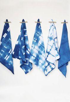 DIY Shibori Indigo Cloth Napkins tutorial to try at home!