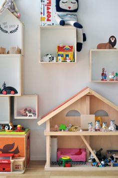 "Paul&Paula blog: Nice Wall Storage - cool ""diorama"" possibilities"