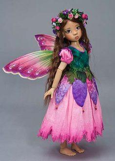petunia, a flower fairy Beautiful Fairies, Beautiful Dolls, Big Eyes Artist, Fairy Clothes, Fairy Figurines, Love Fairy, Flower Fairies, Barbie, Fairy Art