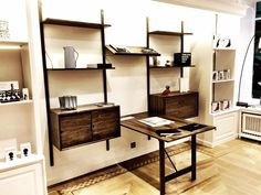 dk3_design_furnitureROYAL SYSTEM seen @laboutiquedanoise in Lausanne/Switzerland #dk3 #royalsystem #poulcadovius #1948 #laboutiquedanoise #lausanne #switzerland www.dk3.dk
