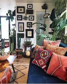 good bohemian living room design and decor ideas 49 Farmhouse Bedroom Decor, Farmhouse Style Kitchen, Modern Farmhouse, Cozy Kitchen, Cottage Farmhouse, Cottage Style, Cozy Living Rooms, Living Room Decor, Dining Room
