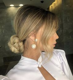 11 Charming Valentine's Day Hairstyles For Any Type Of Date Valentine's Day Hairstyles, Ponytail Hairstyles, Wedding Hairstyles, Evening Hairstyles, Sleek Hairstyles, Wedding Hair And Makeup, Bridal Hair, Medium Hair Styles, Long Hair Styles