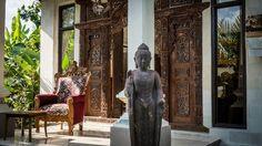 Private villa near Ubud Bali Resort, Bali Holidays, Bungalows, Balinese, Ubud, Villas, Resorts, Painting, Vacation Resorts