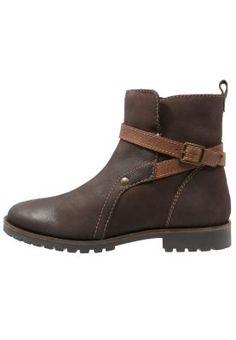 Snowboots  - brown Clogs, Wedges, Ankle, Fashion, Clog Sandals, Moda, Wall Plug, Fashion Styles, Fasion