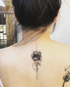 Spine Tattoo Design - Tattoo - Tattoo Designs For Women Flower Spine Tattoos, Tattoos For Women Flowers, Wrist Tattoos For Women, Tattoo Designs For Women, Tattoos For Women Small, Creative Tattoos, Unique Tattoos, Beautiful Tattoos, Cool Tattoos
