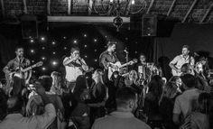 Música sertaneja dá ritmo à festa em Águas de Lindóia