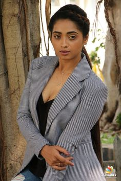 Green Hair Girl, Telugu Cinema, Telugu Movies, Still Image, Sweet Girls, Actress Photos, Girl Hairstyles, Bollywood, Bb