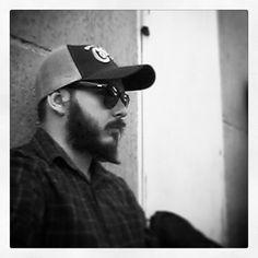 Quase em casa! So tired! #blackandwhite #beard #cominghome