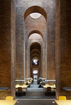 Biblioteca Diposit de les Aigues by Lluis Clotet and Ignacio Paricio | Yellowtrace