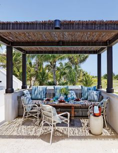 25 Garden Trellises and Pergolas Perfect for Summer Relaxation Photos   Architectural Digest
