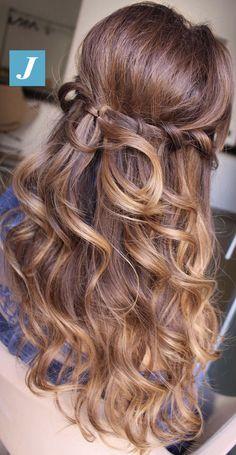 Easy chic _ Your Personal Style Degradé Joelle #cdj #degradejoelle #tagliopuntearia #degradé #igers #musthave #hair #hairstyle #haircolour #longhair #ootd #hairfashion #madeinitaly #wellastudionyc