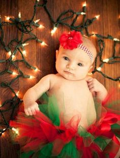 Family Christmas Pictures – No matter the scenario, if you would like your Christmas photos to be merry, here are some tips from the experts. While it may be natural that you take photos standing, you will catch far better… Continue Reading → Newborn Christmas Photos, Xmas Photos, Family Christmas Pictures, Holiday Pictures, Baby Christmas Pictures, 1st Christmas, Christmas Lights, Christmas Ideas, Xmas Family Photo Ideas