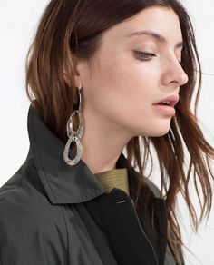 Image 4 of CHAIN EARRINGS from Zara