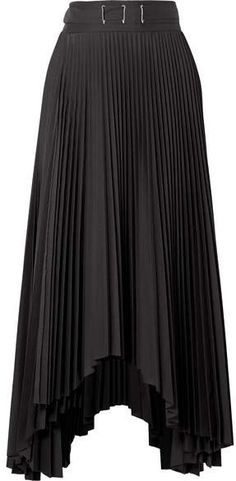93cea2f0d2 56 Best Skirt Outfits images | Clothing, Dress skirt, Dressy outfits