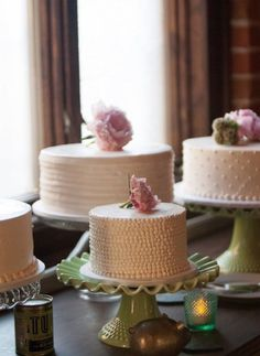 Staggered cakes