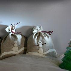 Snowman linen gift bags