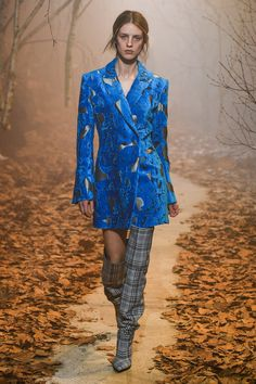 Off-White Fall 2017 Ready-to-Wear Fashion Show - Julia Frauche (Women)