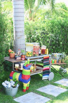 fiesta mexicana al aire libre para niños mesa dulce