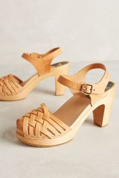 267ee531a25 Swedish Hasbeens Braided Sky High Clogs Neutral 38 Euro Wedges Hasbeens  Clogs