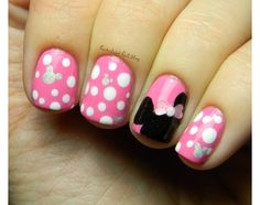 Who doesn't love Minnie Mouse?!