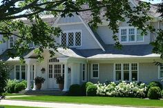 landscaping with hydrangeas in the hamptons | Also from hamptonsgarden.blogspot.com
