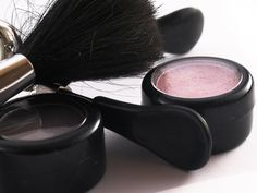 You don't have to invest a fortune in your makeup brushes, it is important to…