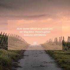 Es ist nicht immer leicht weiterzugehen, wenn wir nicht wissen wohin uns der Weg führt. Trotzdem weiterzugehen bedeutet in VERTRAUEN zu gehen, trotz unserer Sorgen und Ängste. Mut und Zuversicht sind unsere Begleiter, unser Herz unser Wegweiser. www.harnoncourt-coaching.com Coaching, Country Roads, Outdoor, Direction Signs, Confidence, Heart, Knowledge, Training, Outdoors