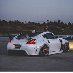 What a insane   with an sick   DM for credit/removal DM us your best pics to feature . Nissan Z Cars, Nissan 350z, Tuner Cars, Jdm Cars, Lamborghini, Ferrari 458, Muscle Cars, Car Mods, Japan Cars