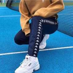 >> p i n t e r e s t Fashion Mode, Look Fashion, Urban Fashion, Fashion Outfits, Street Fashion, Fila Disruptors, Track Suit Men, Looks Cool, Mode Inspiration