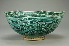 Diameter: 9 in. on Sep 2013 Dragon Bowl, Chinese Bowls, Calming Colors, Chinese Ceramics, Ceramic Pottery, Decorative Bowls, Art Pieces, Dark, Classic