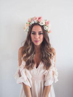 Peachy wedding day flower crown #flowercrown