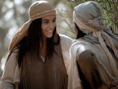 Free Bible images of Mary visits Elizabeth. (Luke 1:39-56): Slide 8