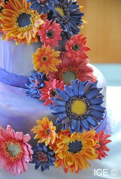 Cake with flowers from an ICE Pastry & Baking Arts class