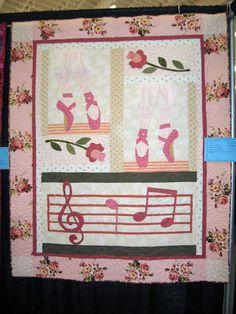 Квилт-шоу 2010 - Nadia Vlasova - Picasa Webalbum Pink Quilts, Blanket, Color, Picasa, Rug, Colour, Blankets, Colors