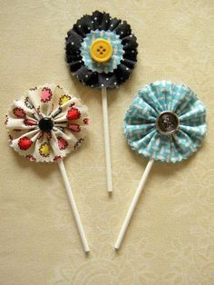 DIY: Flores de tela para decorar cupcakes
