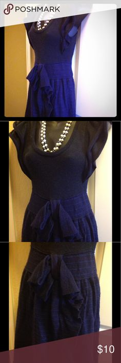 Anthropologie Moth navy  XS stretch dress⚡️SALE⚡️ Anthropologie Moth size extra small navy blue dress. Pullover style, ultra stretchy, and conservative length (comes just past my knees, I am 5'0). Gently worn; free of damage, rips, and stains. Anthropologie Dresses Midi
