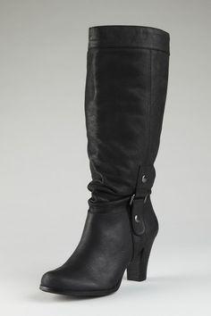 Tule heel boot in black