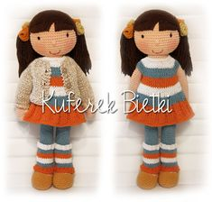 Ksenia - zabawka wykonana ręcznie na szydełku. Lalka ubrana jest w sukienkę, sweterek oraz szydełkowane buciki. Wielkość lalki : ...