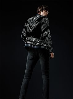 Spanish brand Zara taps into a decadent flair with its embroidered jacket. Polo Shirt Outfits, Embroidered Jacket, Dress For Success, Couture, Wedding Suits, Everyday Look, Stylish Outfits, Black Outfits, Menswear